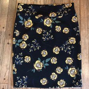 EUC Quilted Texture Lularoe Cassie Pencil Skirt